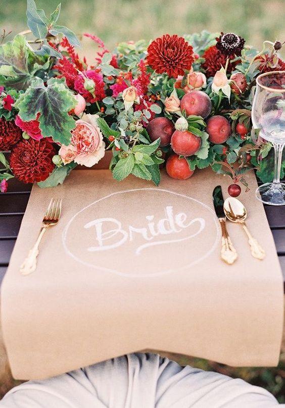 centros de mesa con manzanas para boda